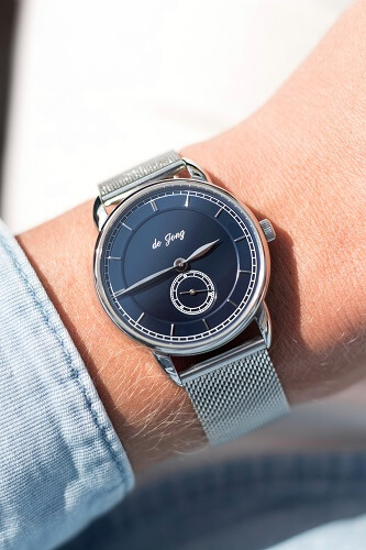 de Jong watches with mesh strap